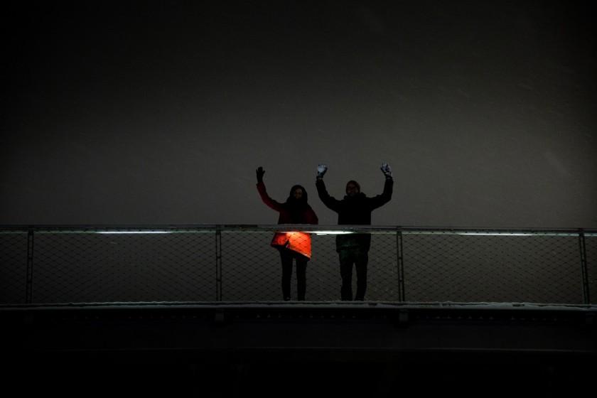 2013-01 Le couple sur la passerelle