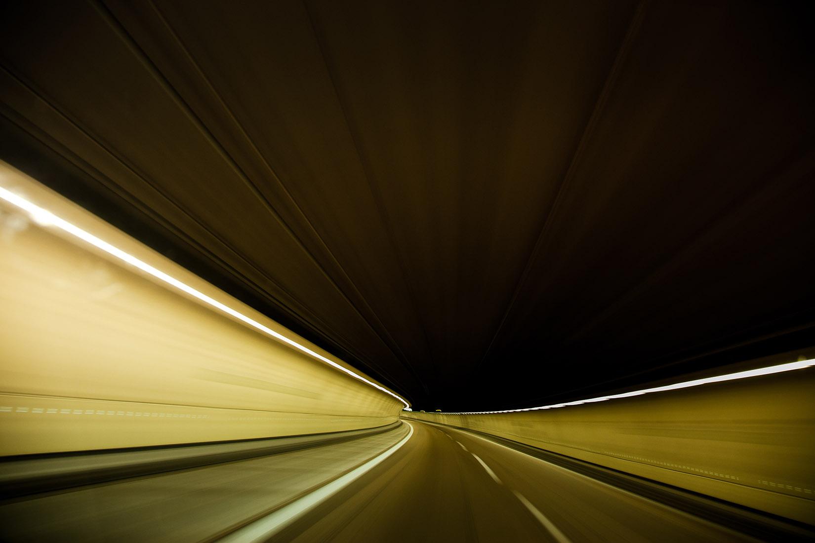filé, sous le tunnel